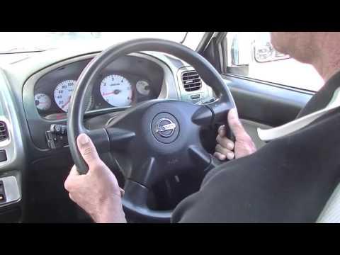 2012 Nissan Navara D22 S5 ST-R Review - B4880