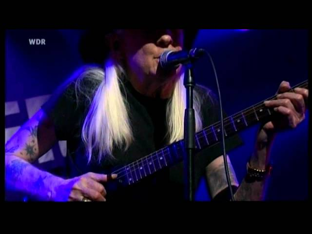 JOHNNY WINTER - Sugar Coated Love / Nov. 2010 [HD] *re-upload