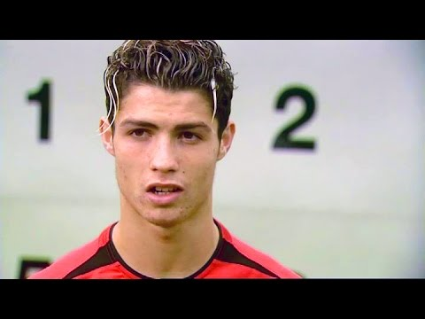 Cristiano Ronaldo Shows His Skills After Joining Manchester United In 2003 & Teaches Jesse Lingard