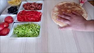Bazlamadan Pizza Tarifi- Bazlamadan Pizza Nasıl Yapılır- Pizza Tarifi