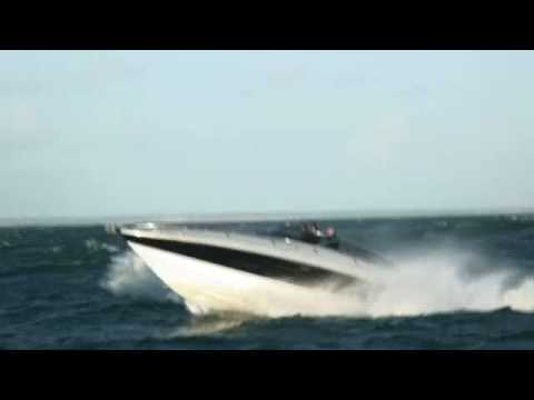 James Bond's boat tested to the limit: Sunseeker Superhawk 43