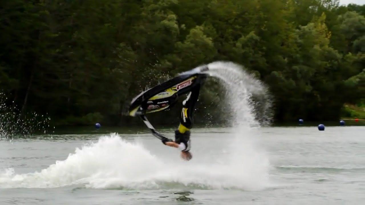 Jet ski freestyle tricks how to backflip on jet ski pwc for Yamaha water scooter