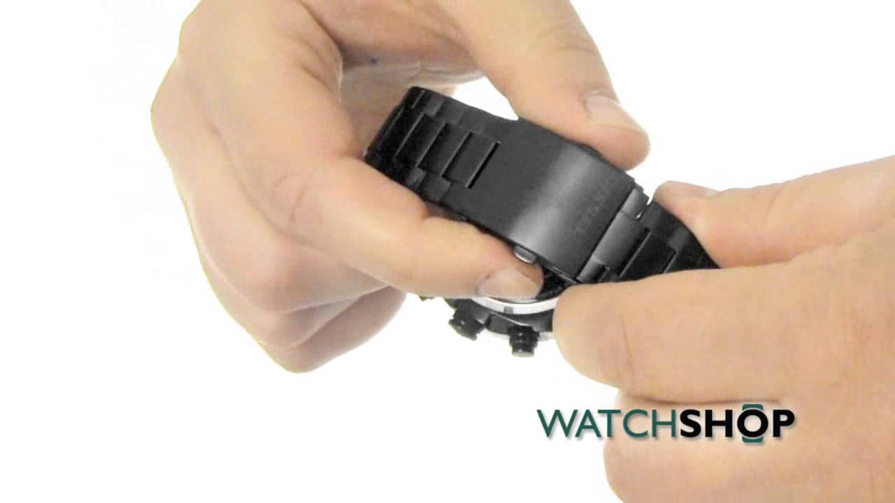 74bbf952215f Men s Diesel Overflow Chronograph Watch (DZ4316) - YouTube