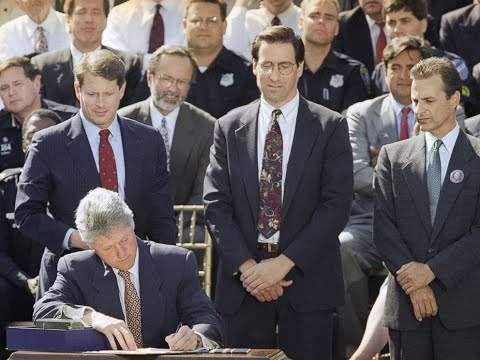 In Defense Of Bill Clinton And The 1994 Crime Bill - Note To Black Lives Matter