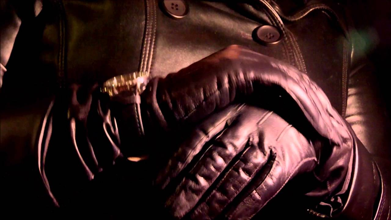 Skin tight leather driving gloves - Skin Tight Leather Gloves And Leather Coat With Wrist Watch