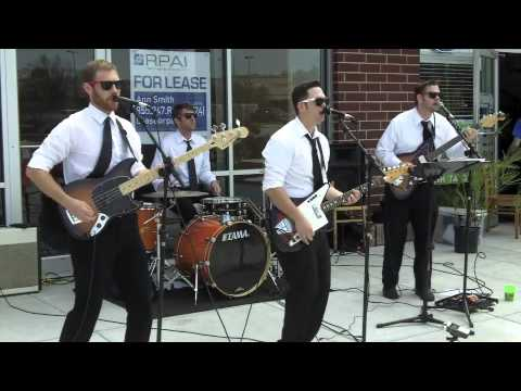 Chad Shivers and the Summer Knights perform the Rivieras'