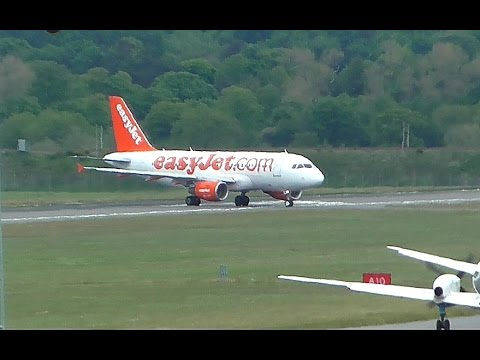 Easyjet A319 Medical Emergency Edinburgh Airport with ATC | HD