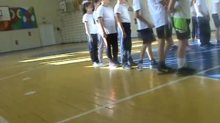 Урок физкультуры в 4-ом классе
