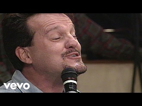 Bill & Gloria Gaither - Over the Moon [Live] ft. Mark Lowry