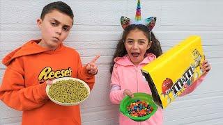 قصص حول كيفية تناول الأطفال طعامًا صحيًا  Heidi و Zidane