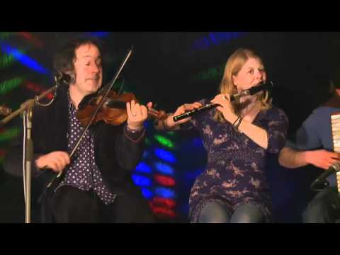 Steve Wickham & Friends Clip 3 - Traditional Irish...