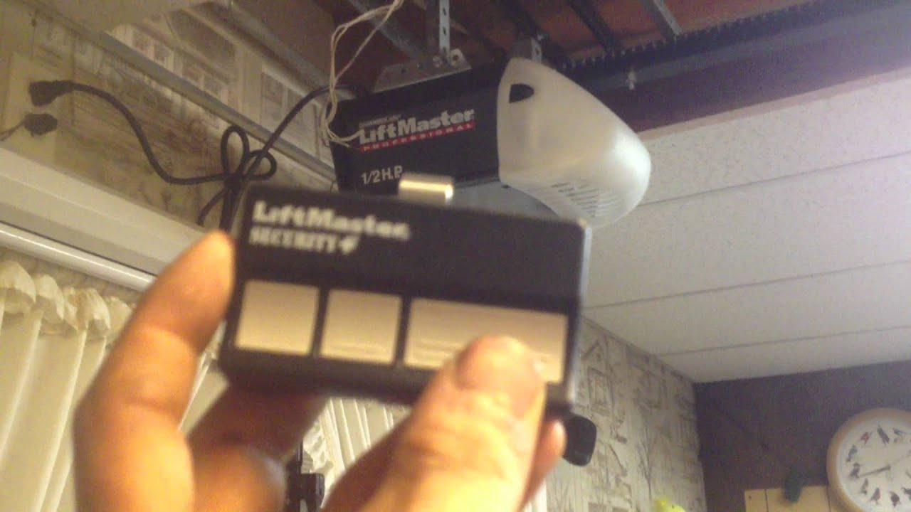 Liftmaster 1215E on the relante  YouTube
