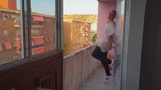 пальма разъёбывает балкон 18+