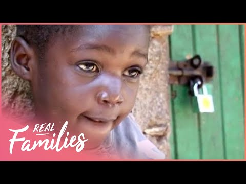 What Is It Like to Grow Up in a Slum | Early Life | Real Families with Foxy Games