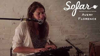Avery Florence - Black Waves | Sofar Montréal