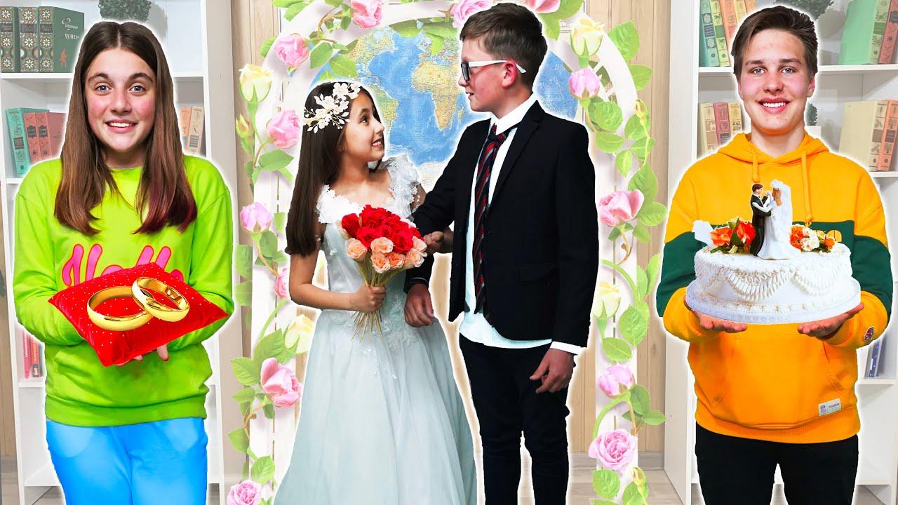¿Eva y Sava se van a casar? Una cita en la escuela!