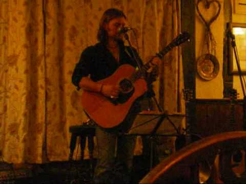 Robert Brown at Debenham folk night.