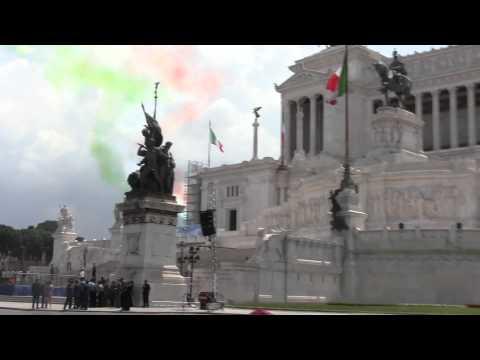 Parata 2 Giugno 2011 - Sorvolo Frecce Fricolori - Festa della Repubblica