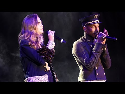 Cara Delevingne Performs Live with Pharrell! Can She Actually Sing?