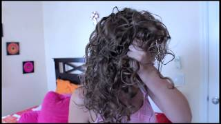 how to style naturally curly hair for a defined curl curlyshilling