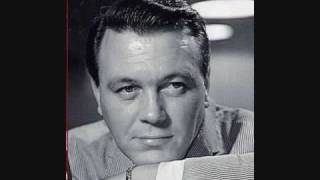 Watch Matt Monro Skylark video