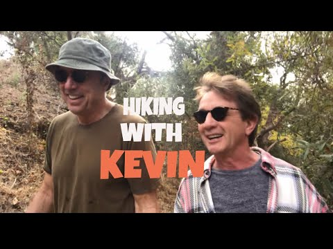 HIKING WITH KEVIN - MARTIN SHORT