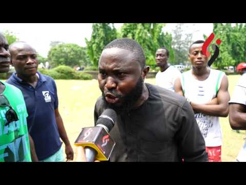 Man cried as he spoke at #IStandWithNigeria protest yesterday...says he's ready to pick up a gun & start killing (must watch)