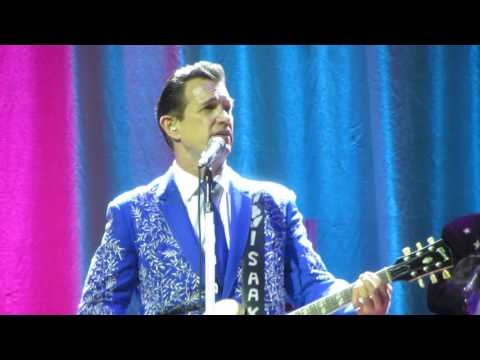 Somebody's Crying - Chris Isaak - Massey Hall,TOronto-May 24,2016-CHAR video