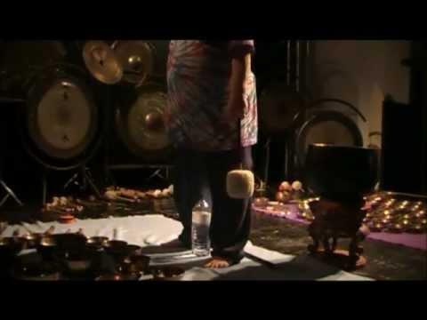 Singing Bowls & Gongs 5