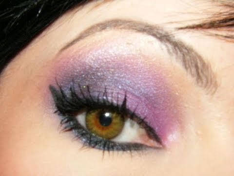 Tutoriel maquillage des yeux verts youtube - Maquillage yeux verts ...