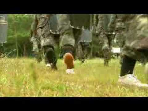 Thailand's female army recruits - 19 Nov 07