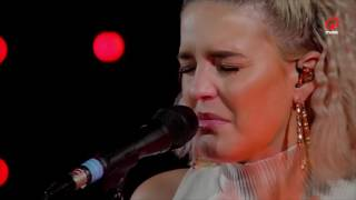 The BSMNT: Anne-Marie - Do It Right (live bij Q)