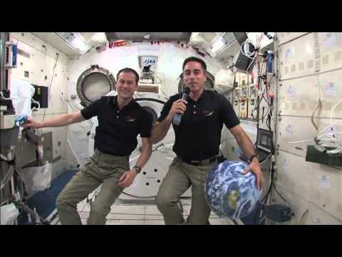 ISS ASTRONAUTS DISCUSS THE CHALLENGE OF LIVING IN SPACE WITH MEDIA REPRESENTATIVES
