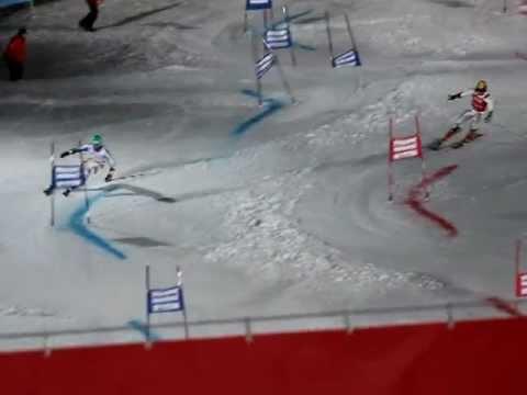 Felix Neureuther siegt beim Ski Weltcup Parallelslalom in München