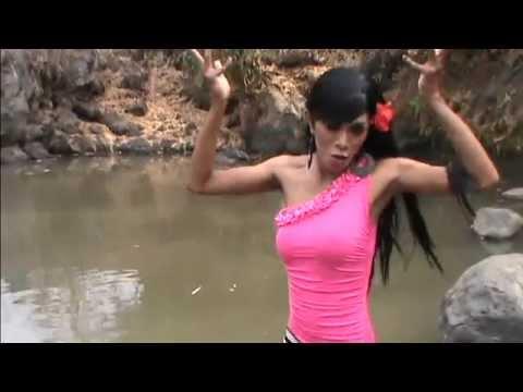 Suara Emas Evie Tamala cRING Cring - Bella Paramitha