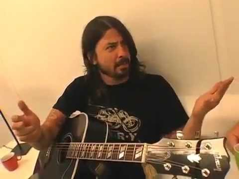 Dave Grohl gives songwriting lesson