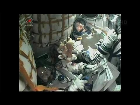 ISS Expedition 36 Soyuz TMA-09M Launch Take Off Part 2