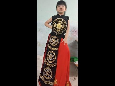 Bé Quỳnh Anh múa Cuộc sống tươi đẹp
