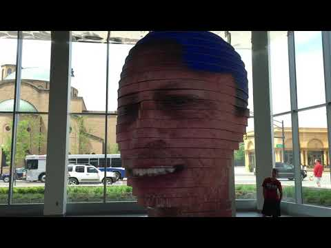 3D IMAGE HEAD IN THE CONVENTION CENTER IN COLUMBUS OHIO!!!
