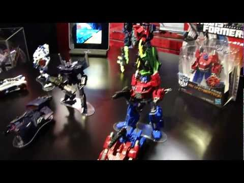 Transformers Fall of Cybertron deluxes at Toy Fair 2012