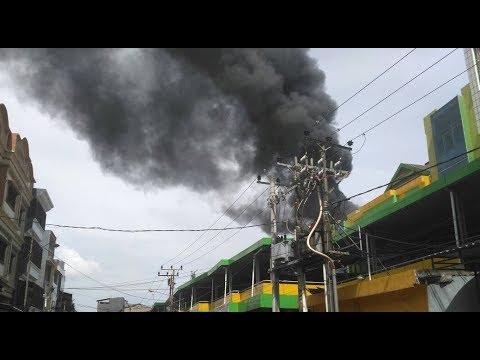 Pasar Butung Makassar terbakar