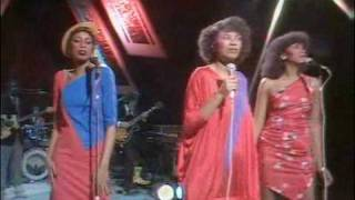 Pointer Sisters: Slow Hand - Live on BBC
