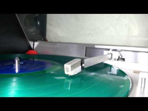 A Charlie Brown Christmas - Vince Guaraldi Trio (LP)