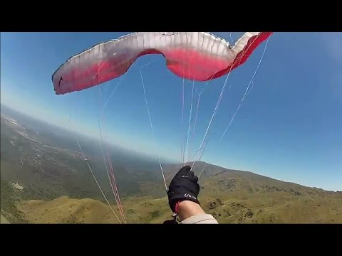 emerencgy opening of reserve, paragliding CRASH