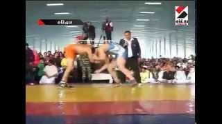 Baba Ramdev Wrestling with Sushil kumar Baba Ramdev kushti