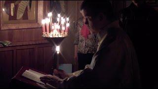 Пасхальная ночная служба с крестным ходом(Одна из самых ярких и удивительных служб Православной церкви - она вся полна радости и ликования о Воскресе..., 2014-04-22T04:19:34.000Z)