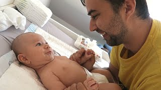 3 MONTH OLD BABY TALKING WITH DADDY :)