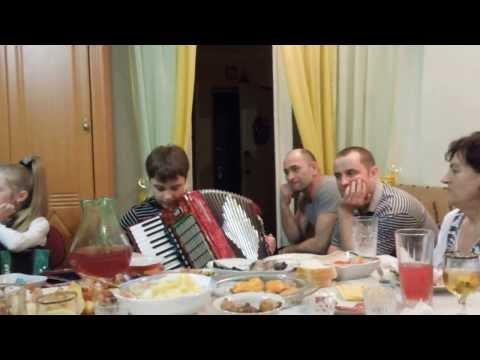 Уроки игры на аккордеоне видео WikiBitme
