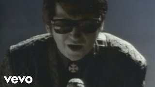 Watch Roy Orbison In Dreams video