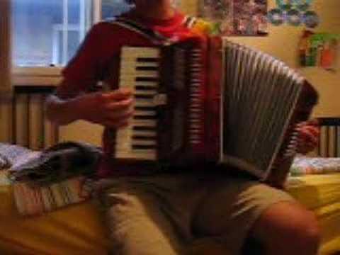 Valse d'Amelie on accordion